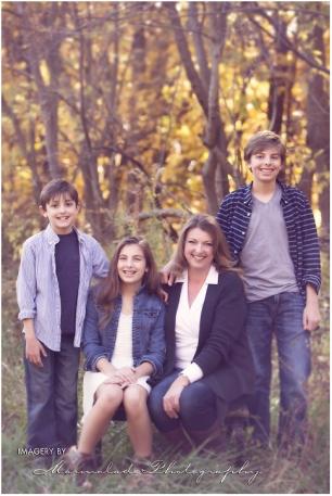 fall_photos_of_an_orland_park_family